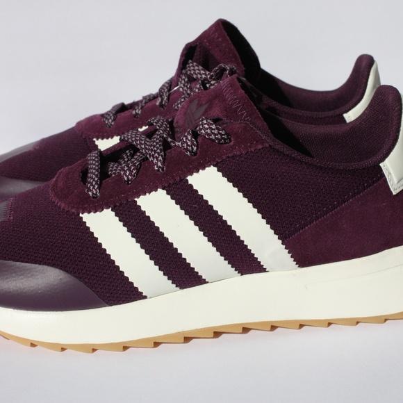 Le Adidas Nwt Scarpe Viola White Stripes 65 Poshmark